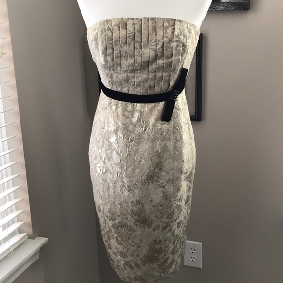 Plenty by Tracy Reese Dresses & Skirts - Tracy Reese Plenty Frock!!  Gold brocade Strapless